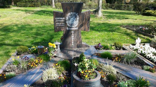 Springe SD Park Cemetery-11
