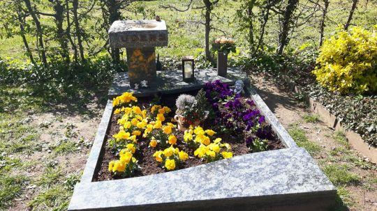 Springe SD Park Cemetery-13
