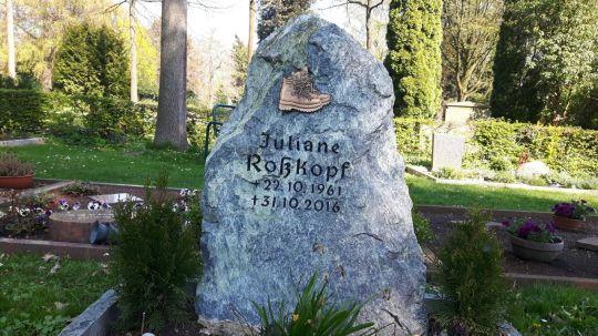 Springe SD Park Cemetery-16