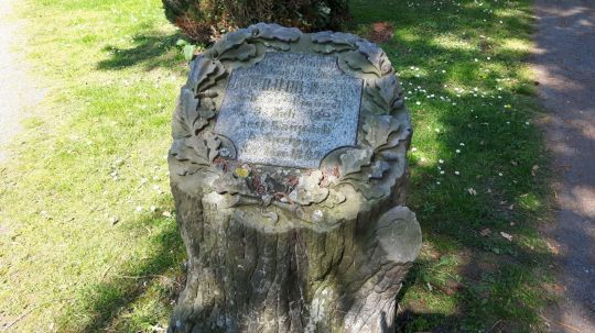 Springe SD Park Cemetery-3